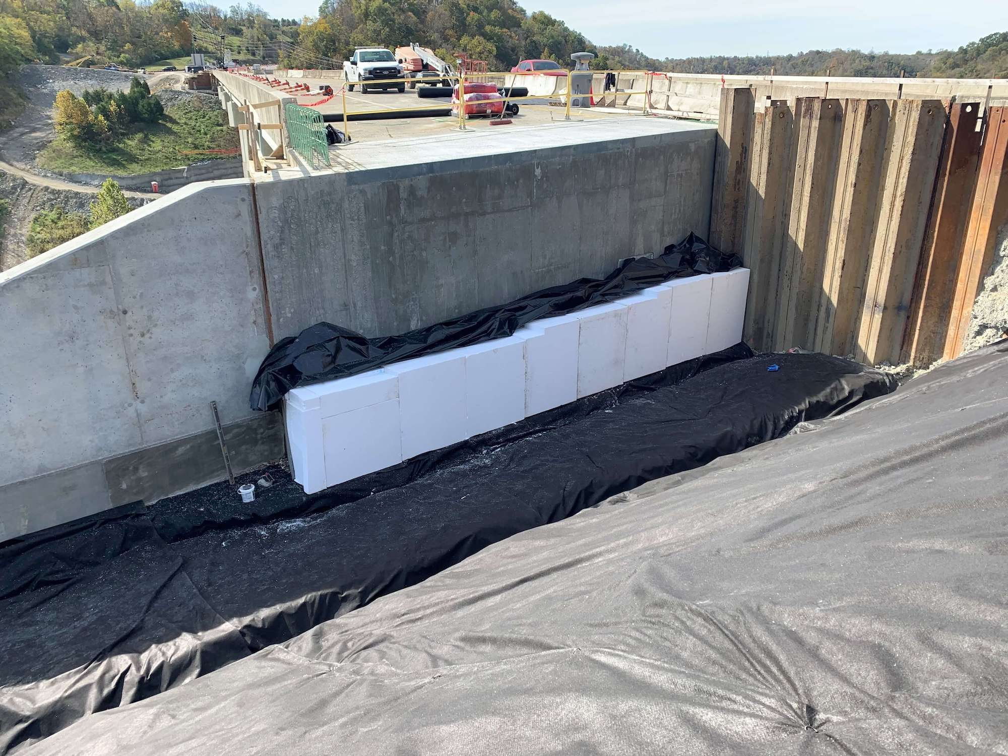 04 Elasticized Polystyrene Used in Bridge Construction